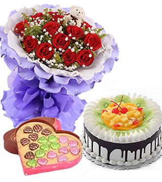 鲜花蛋糕:甜蜜相依 11枝红玫