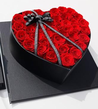 保鲜花:天心盒红玫瑰