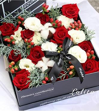 鲜花:爱你多一点 11枝红粉玫瑰