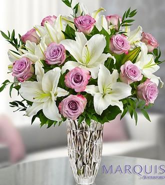 鲜花:与你邂逅 24枝白玫瑰