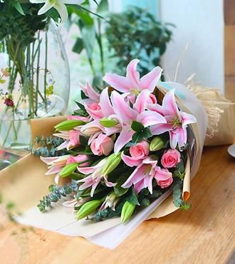鲜花:一辈子的爱 9枝粉玫瑰