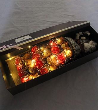 见证幸福-巧克力+香皂花(快递)