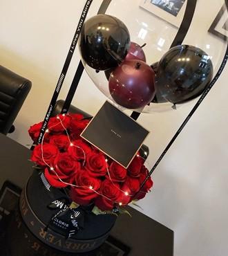 鲜花:心里全是你 22枝红玫瑰