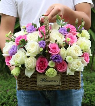花篮:幸福满溢 33枝双色玫瑰
