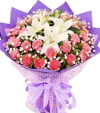 鲜花:心灵田园 33枝康乃馨