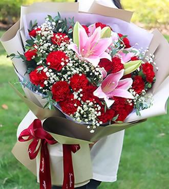 鲜花:暖暖情意 22枝红康乃馨