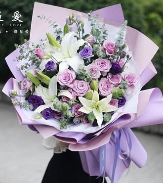 鲜花:守护幸福 19枝粉玫瑰