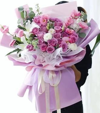 鲜花:对你的爱与日俱增 18枝