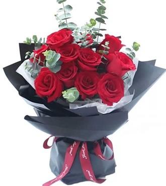 鲜花:45度的幸福 12枝红玫瑰