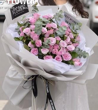 鲜花:幸福温暖 52枝紫玫瑰