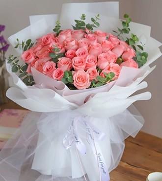 鲜花:街角的幸福 33枝粉玫瑰