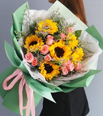 鲜花:爱的城堡 6枝向日葵