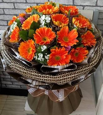 鲜花:阳光 19枝粉扶郎