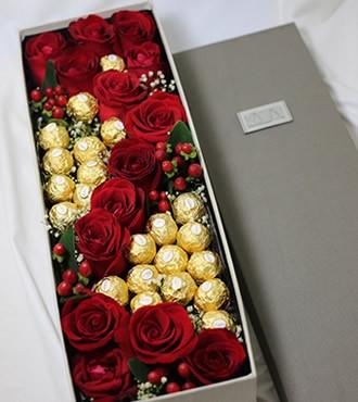 鲜花:我爱你 12枝玫瑰