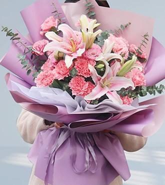 鲜花:感恩你的爱 16枝康乃馨