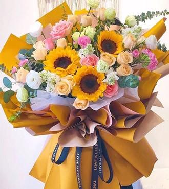 鲜花:感谢之歌 28枝康乃馨