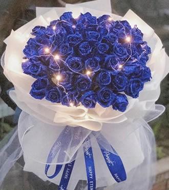 鲜花:时间煮雨 52枝蓝玫瑰