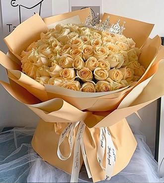 鲜花:夏之物语 52枝香槟玫