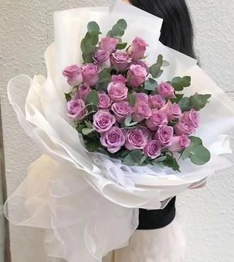 鲜花:一生紫为你 29枝紫玫瑰