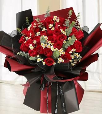 鲜花:幸福国度 33枝红玫瑰