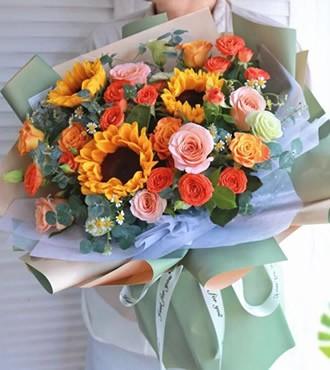 鲜花:心甘情愿  混搭玫瑰
